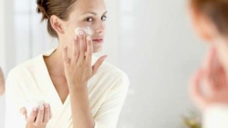 Skin-Care-Face-Care-at-age-20-Years-To-30-Years-and-40-Years-590x333