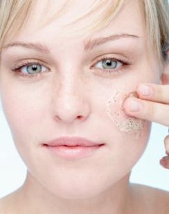 Makeup.com-wake-up-tired-skin1